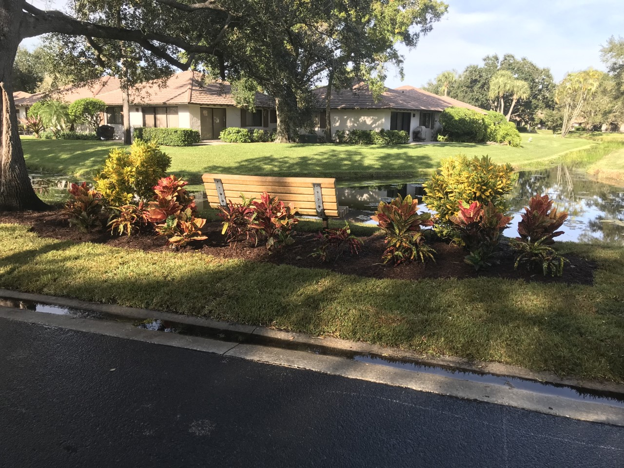 Club Cottage Landscaping